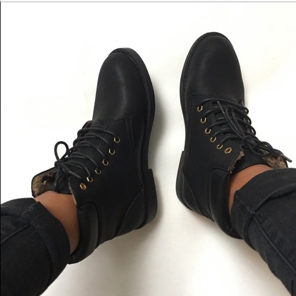 Bella Marie Marcy Black Ankle Combat Boot Sz. 6.5